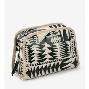 Stella & Dot Beauty Bag - in Tribal Geo Print